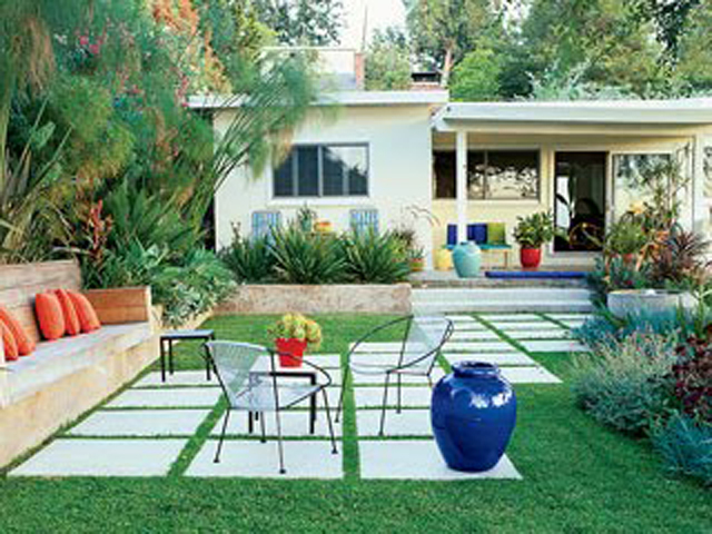Patio Designs Pavers Grass : Simple backyard designs