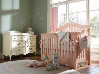 cuarto de bebé rosa verde