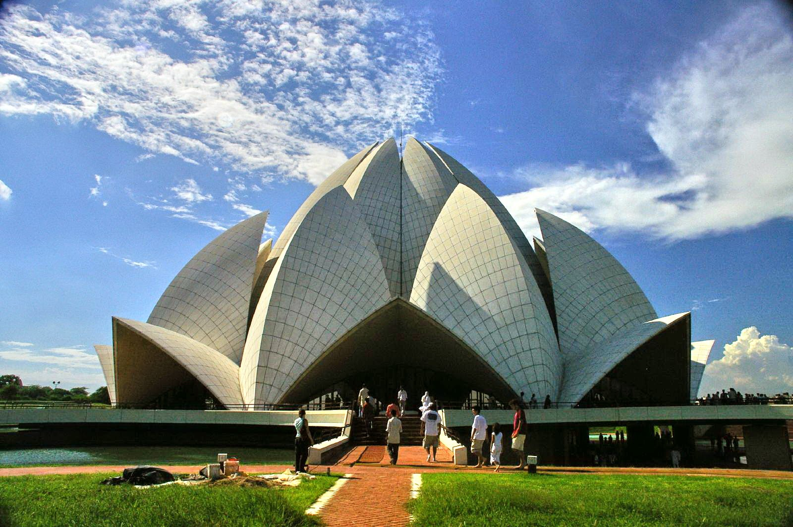 Lotus temple is the remarkable architectures of bahai for The lotus temple