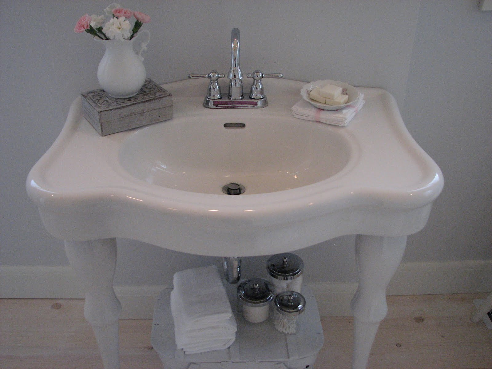 The Cottager: the master bathroom...