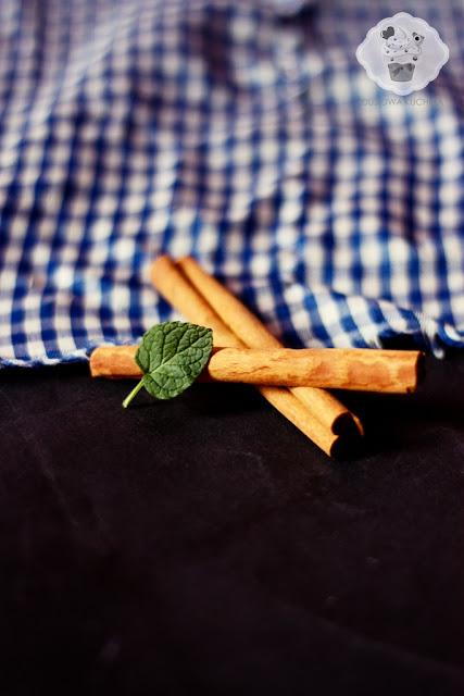 kompot rabarbarowo-truskawkowy, kompot z rabarbarem i truskawkami, kompot rabarbar, kompot z rabarbaru