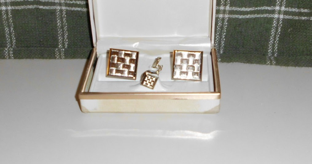 Richards Razors 1940s Foster Fine Jewelry Cuff Links