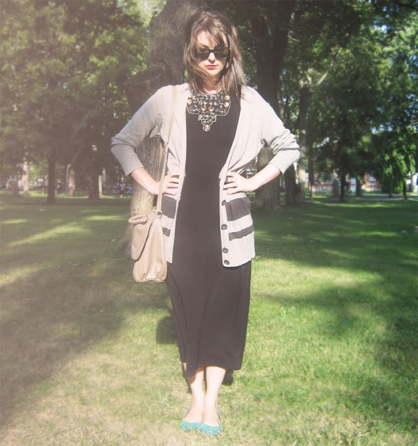 statement+necklace, tank+dress, oversized+cardigan, wayfarers, choies+dress, fall+outfit, fashion+blogger+canada