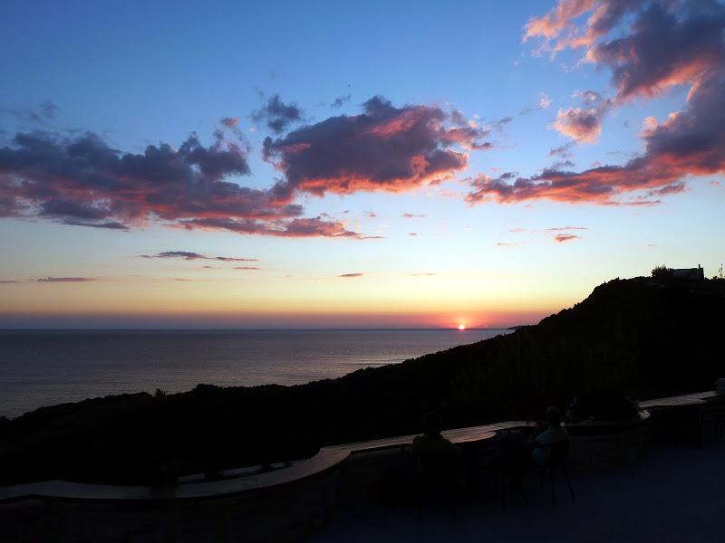 Sonnenuntergang Gravia Snack Bar in Arillas im Nordwesten der Insel Korfu