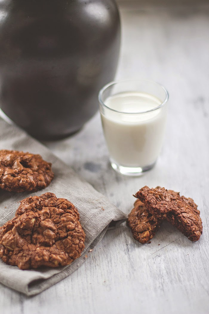 Schokolade-Macadamia-Kekse zu Wienerbrøds Bloggeburtstag von Moey's Kitchen [wienerbroed.com]