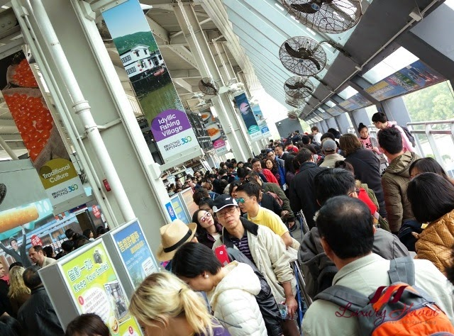 tourist attractions ngong ping cable car queue