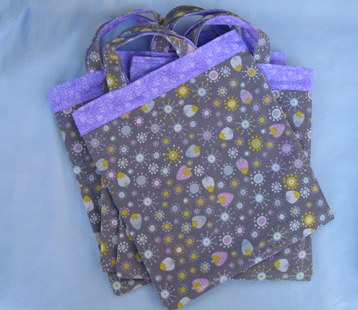 Little Shopper Tote ~ Threading My Way
