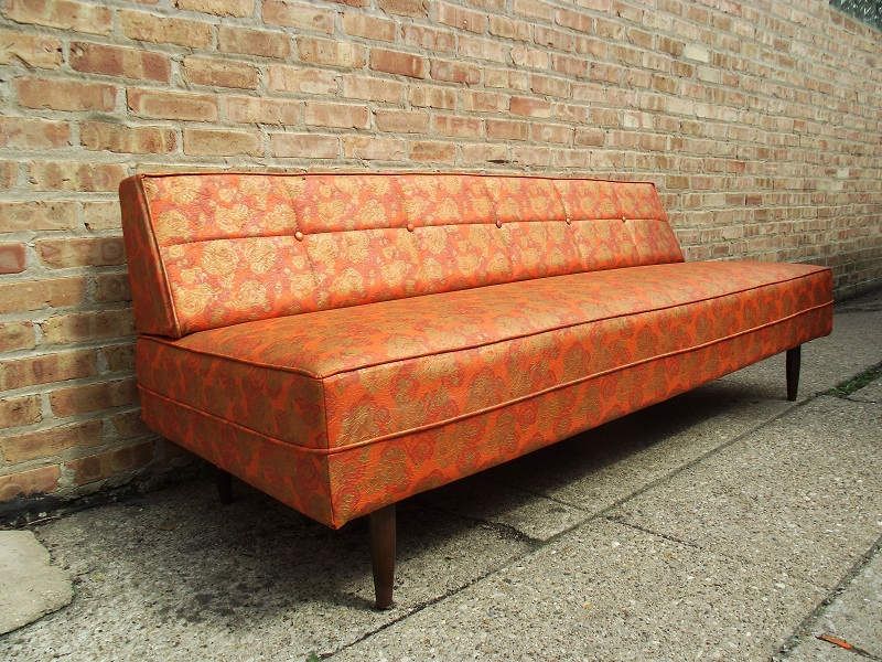 Vintage ground mid century modern retro daybed sofa for Mid century modern day bed