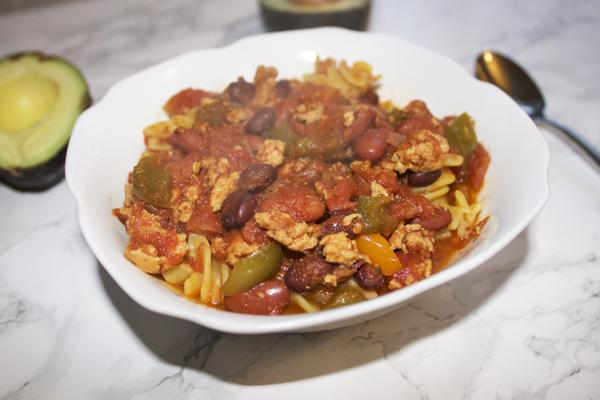 the meal deal, recipe, crockpot recipe, turkey chili, easy turkey chili recipe, healthy chili recipe, turkey breast recipe