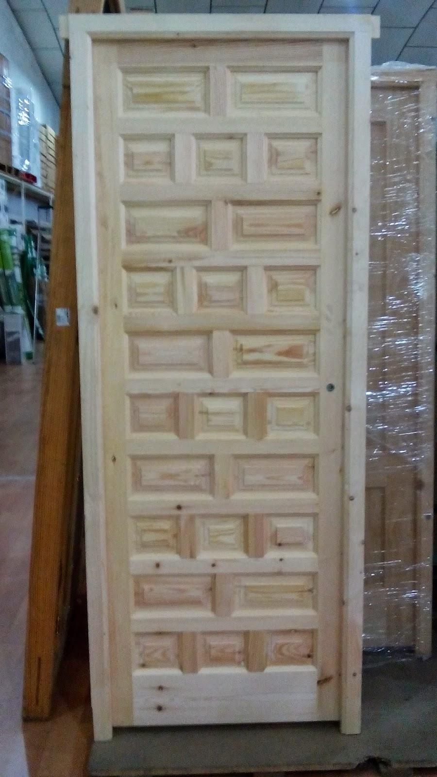 Puerta castellana maciza de interior y exterior - Barnizar madera exterior ...