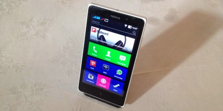 Android Nokia XL Turun Harga