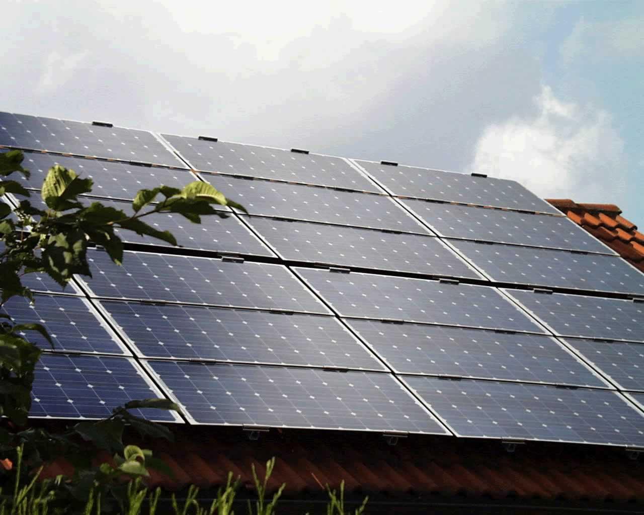 Cuanto mide un panel solar fotovoltaico