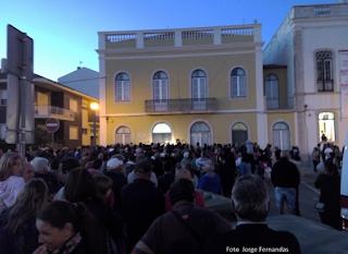 http://www.rtp.pt/noticias/pais/dezenas-de-manifestantes-contestam-meios-de-socorro-na-figueira_v864327