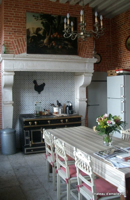 About Corner Kitchens On Pinterest French Kitchens Rustic Kitchens