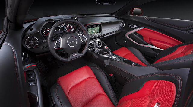 Novo Camaro 2016 SS 6.2L - interior - painel