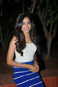Reetu Varma latest sizzling photos-thumbnail-11