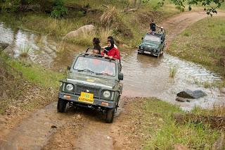Vehicle Safari Himachal Pradesh