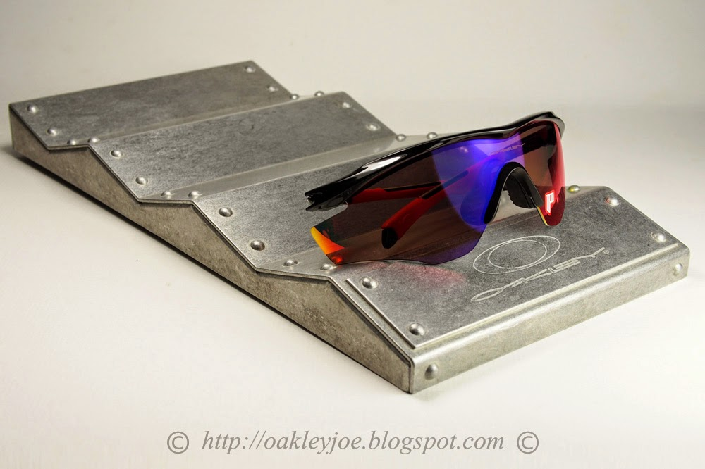 oakley display stand