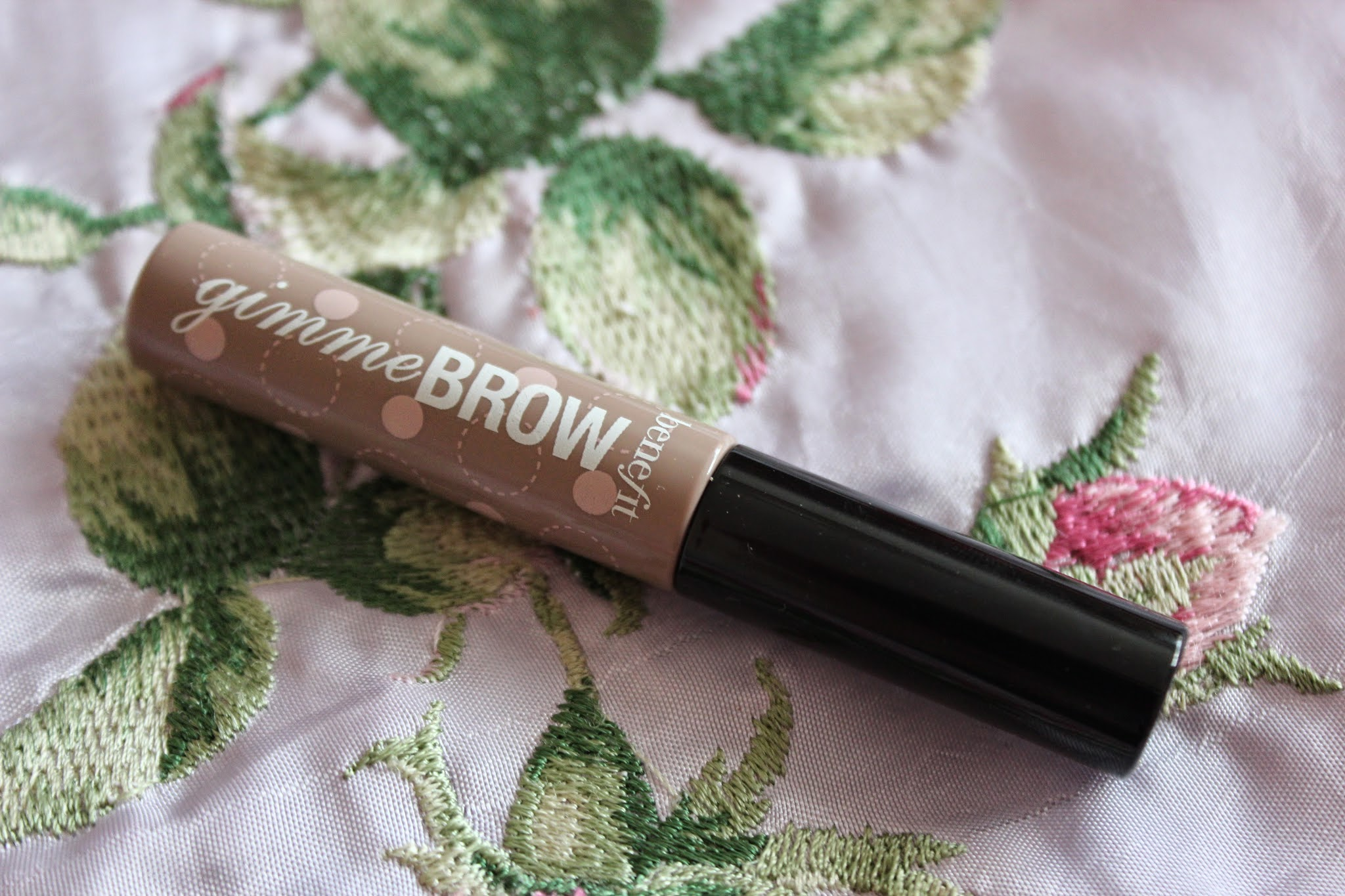 benefit gimme brow review