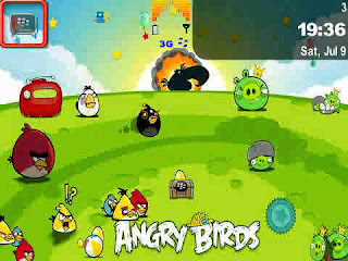 Download Tema Blackberry Angry Birds