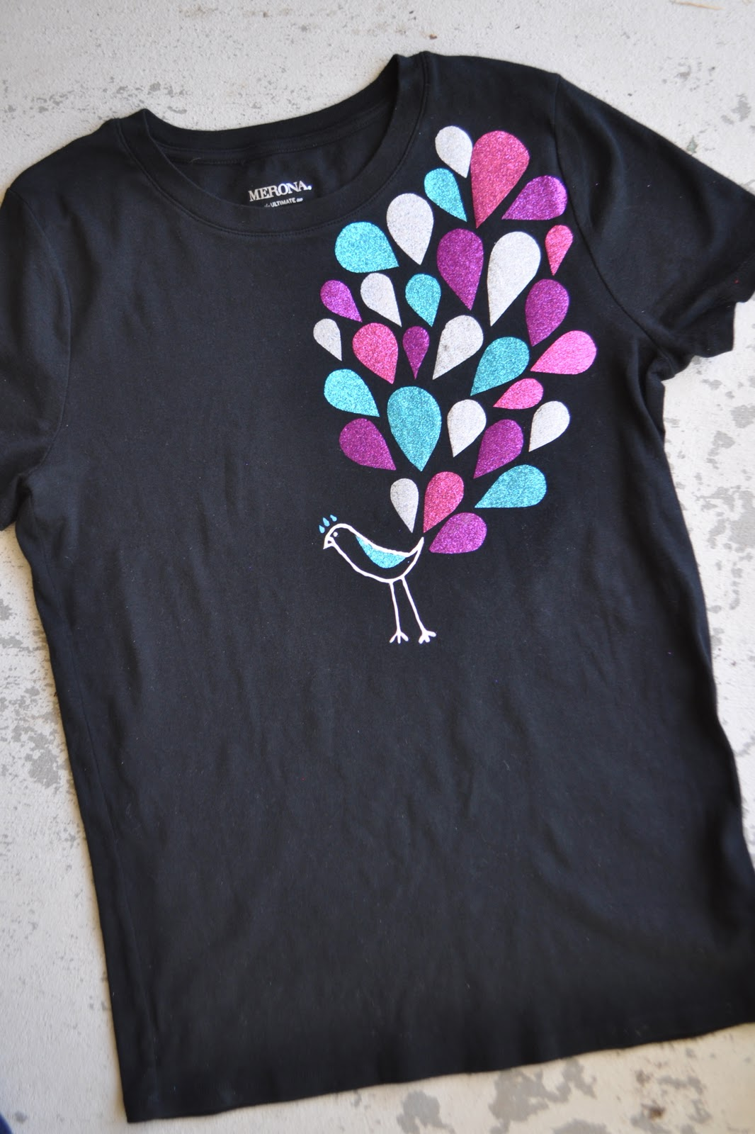 Design t shirt easy - Peacock Tee