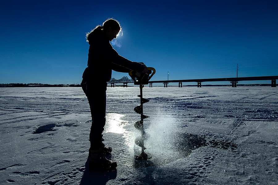 Dakotagraph the art of ice fishing for Ice fishing lake st clair