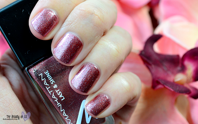 Manhattan Last And Shine Swatches PARTY PRINCESS
