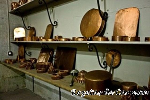Las cocinas de palacio gastroaventuras de carmen for Utensilios cocina madrid