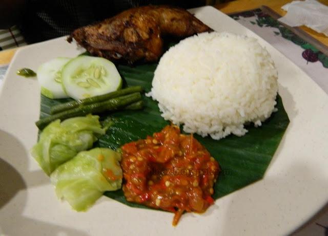 Dinner At Pondok Seriwangi