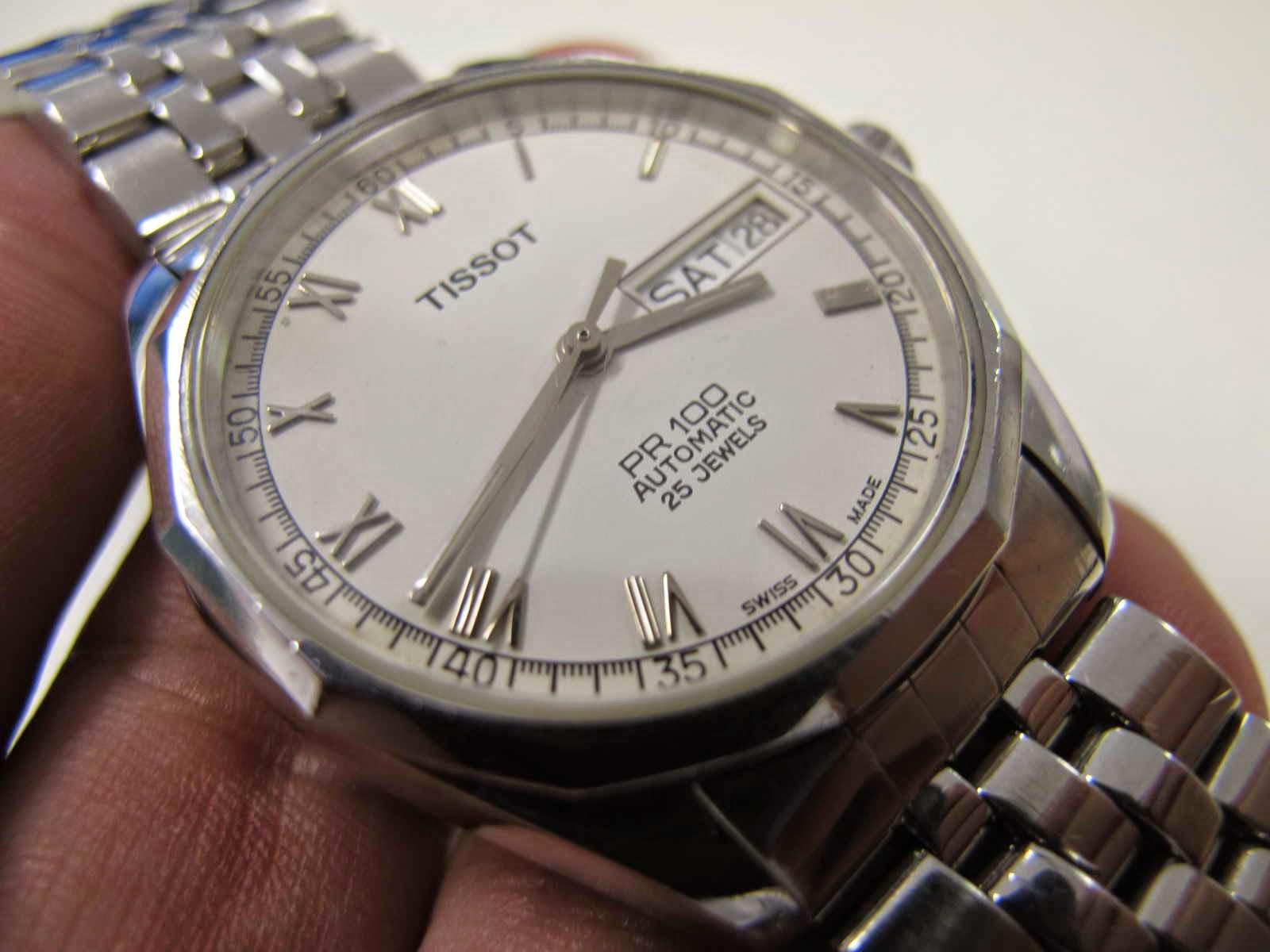 Cocok untuk Anda yang sedang mencari jam tangan Swiss made dial putih dengan harga terjangkau