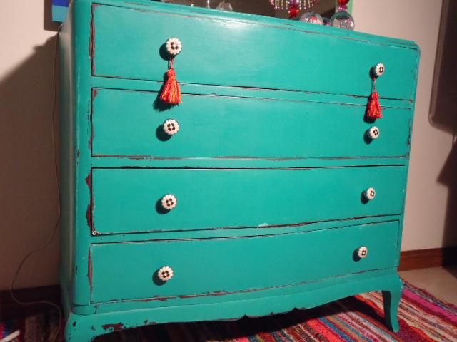 Vintouch muebles reciclados pintados a mano comoda - Tiradores para cajones ...
