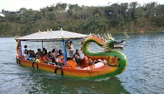 Wisata Perahu Naga di Jembangan