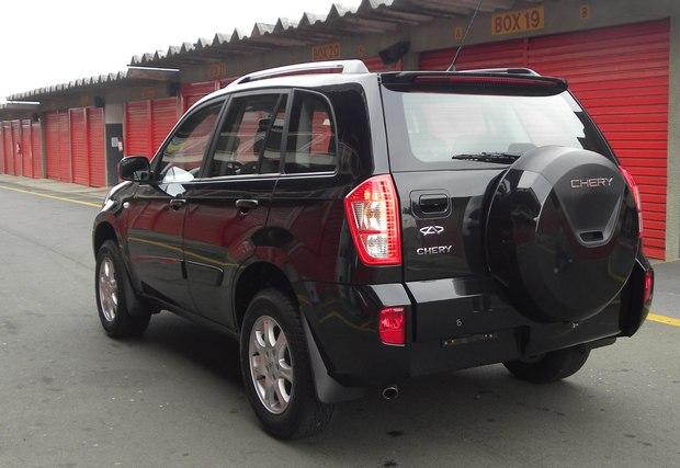 car in Chery Tiggo 2014