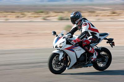 2012 Honda CBR1000RR C-ABS Spesifikasi.jpg