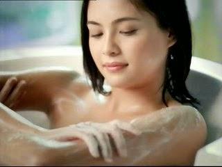Cara Menghilangkan Bau Badan secara alami menggunakan Daun Sirih dengan cara di minum dan buat mandi