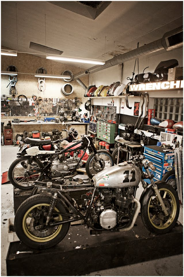 Wrenchmonkees chop chop for Garage reparation moto