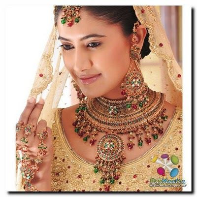Trendy Bridal Jewelry in 2011
