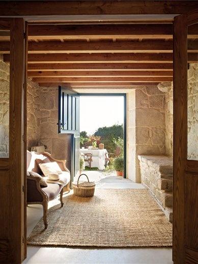 Dutch door rustic dutch door for Casas rusticas con jardin