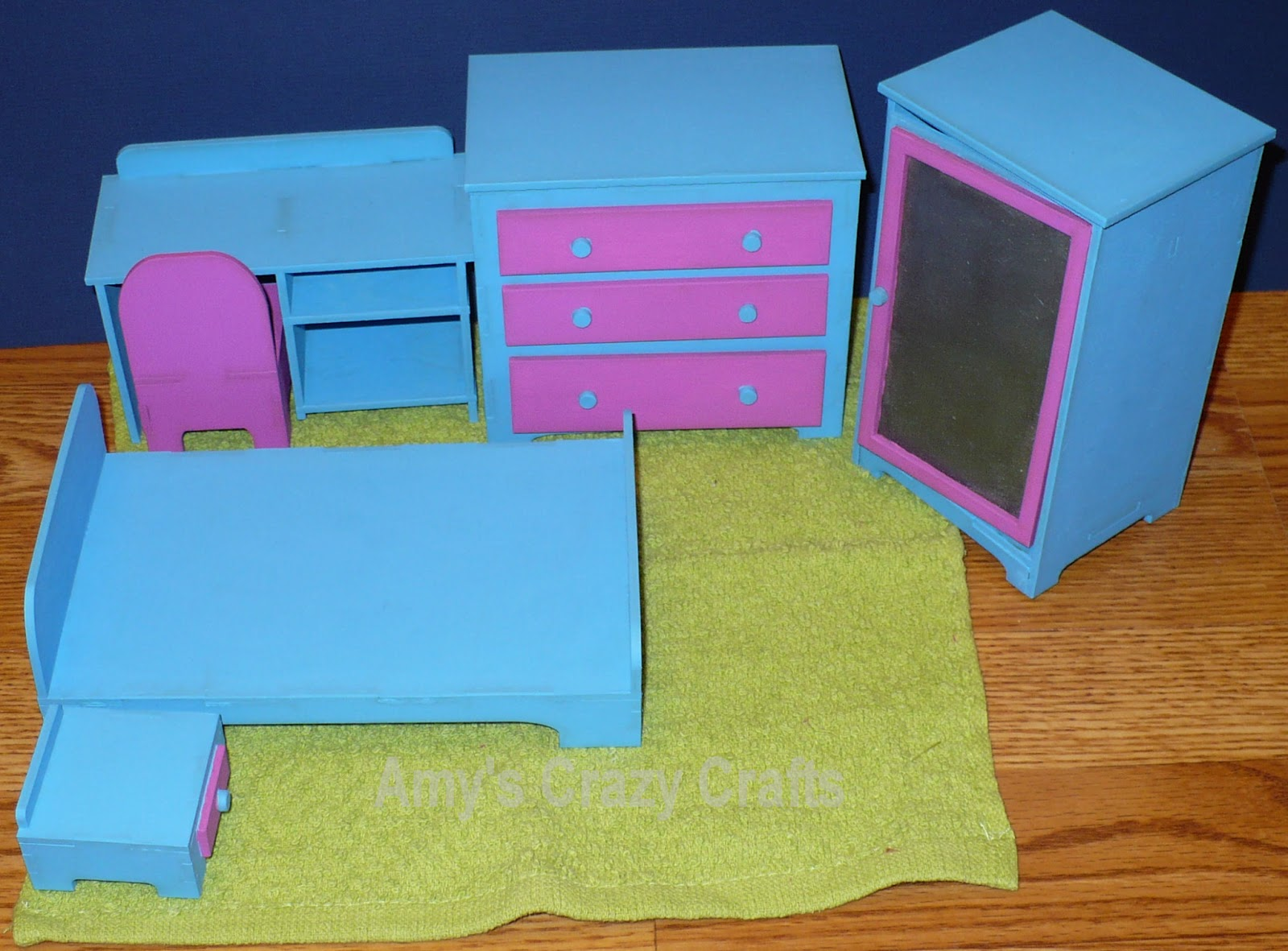 Amy 39 S Crazy Crafts Mag Bedroom Set Finished