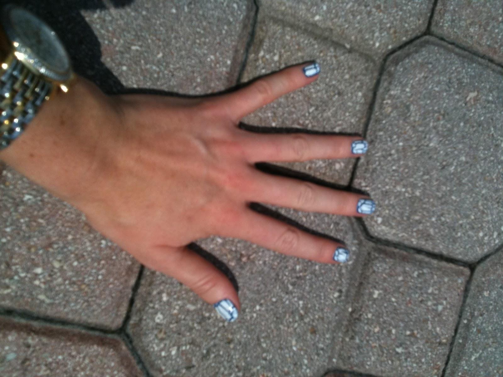 Cracked Flat Nail Fileshere