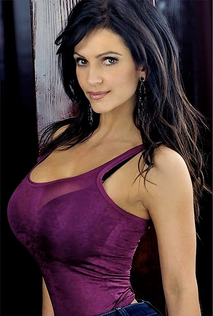 denise milani photos
