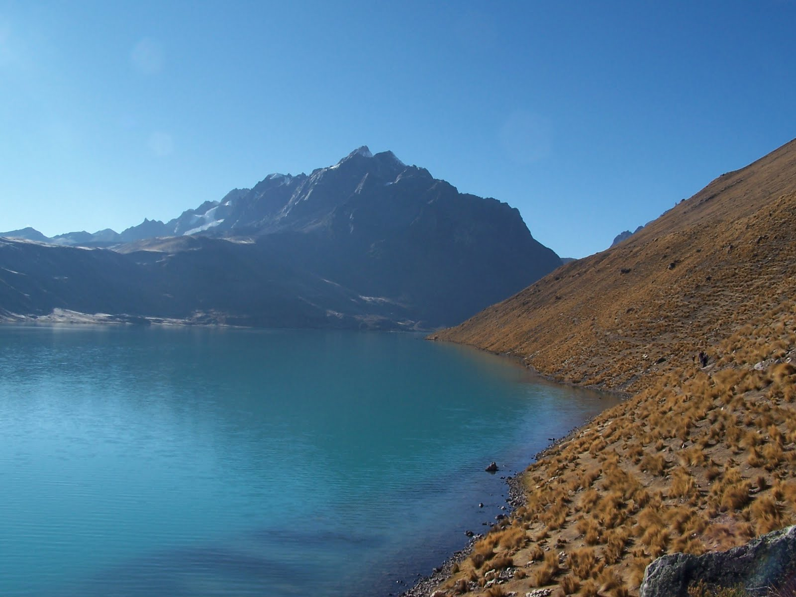 La montagne de p re en fils les lacs ou les miroirs d 39 un for Miroir un paradis