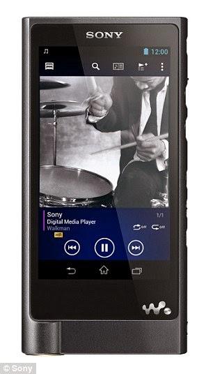 Το NW-ZX2 Walkman αναβιώνειι την εμβλητική μάρκα, με χωρητικότητα 128GB και διάρκεια ζωής της μπαταρίας 60 ωρες