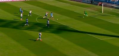 0-1 gol de Araujo
