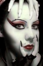 Maquillaje mujer murciélago