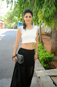Isha Talwar Charming photos-thumbnail-5