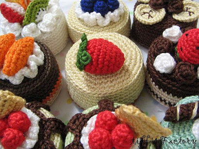 Life is Knitting and Cake!!!