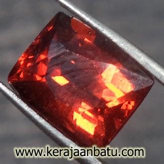 Batu Hessonite Garnet Asli
