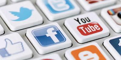 Memiliki lebih dari 5 akun sosial media