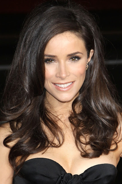 Abes Words: Abigail Spencer - Abes Beauty of the Month